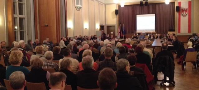 Sondersitzung: Stadtentwicklungs- und Verkehrsausschuss im BVV-Saal an der Fröbelstraße