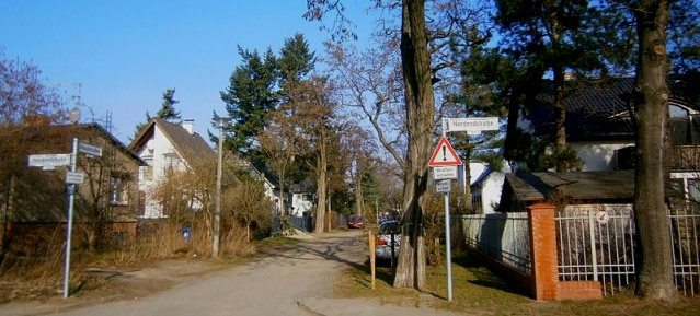 Akazienallee in Pankow Rosenthal