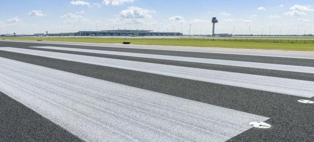 Flughafen BER: 1. Bauabschnitt Start- und Landebahn