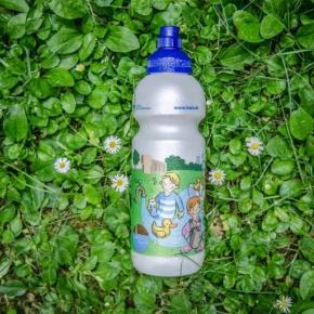 Trinkwasserflasche für Erstklässler