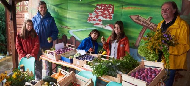 Früchte für Flüchtlinge : Bornholm II spendet
