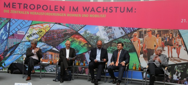 """""""Metropolen im Wachstum – Die zentralen Herausforderungen Wohnen und Mobilität"""""""