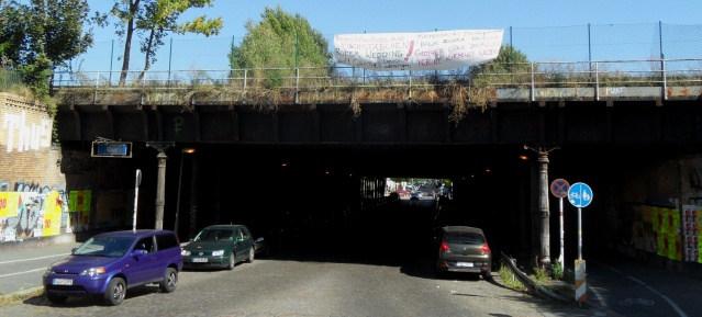 leimtunnel im Sommer 2013 - Fotograf steht im Zentrum des geplanten Kreisverkehrs