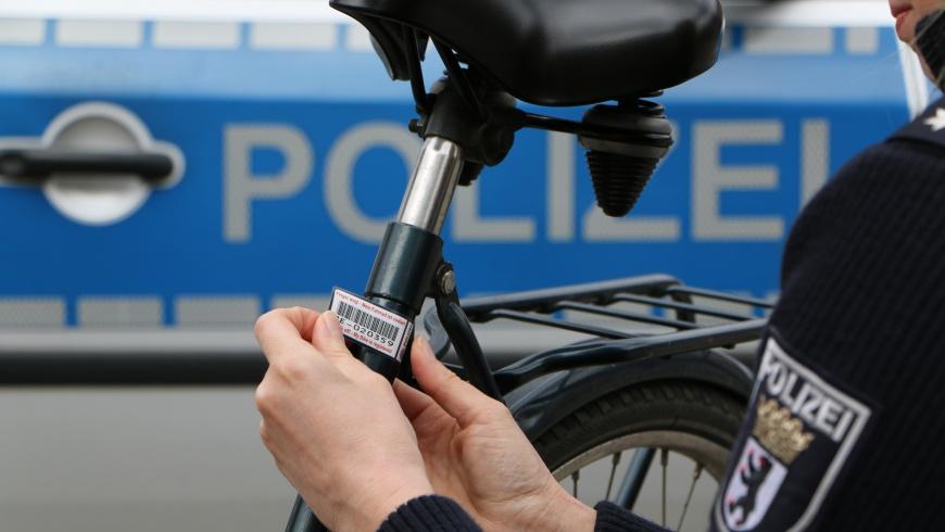 Polizei Berlin Fahrradkennzeichnung