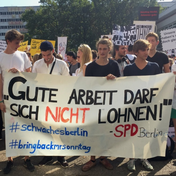 Schüler-Demo der Marce-Breuer-Schule