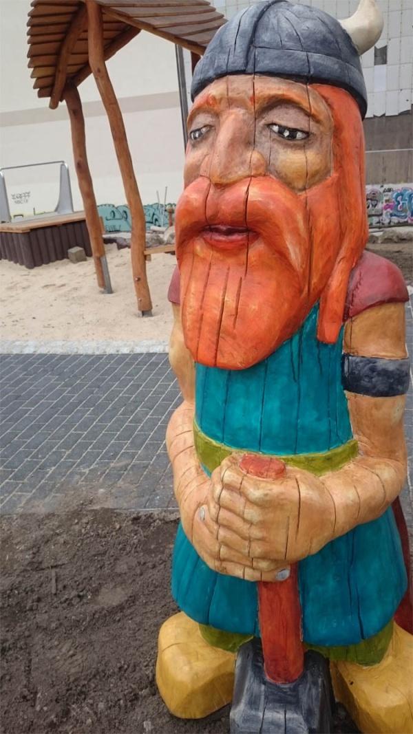 Wikinger auf dem Spielplatz 'Die Norweger - Bucht'