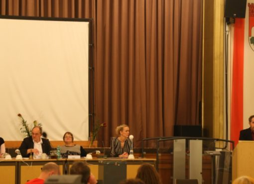 Neuer Bürgermeister - neues Präsidium der BVV