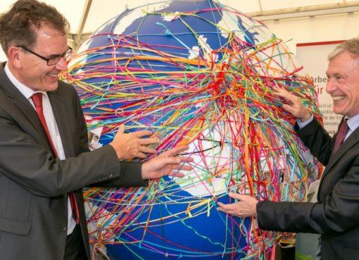 BMZ: Weltumspannend vernetzt