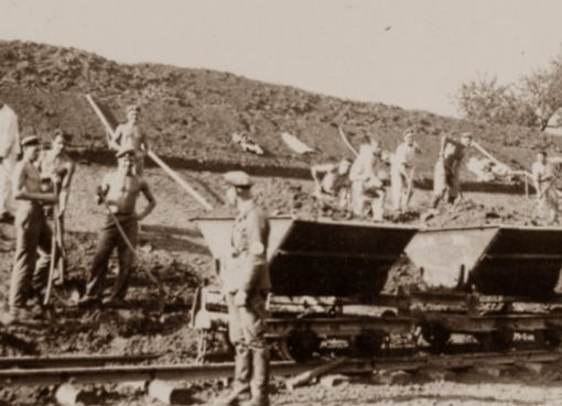 Reichsarbeitsdienst beim Böschungsbau 1934