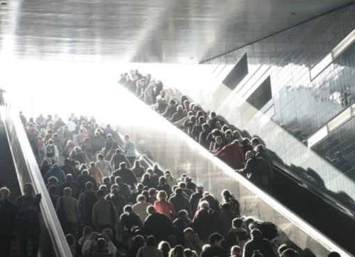 Aufstieg aus dem U-Bahnhof
