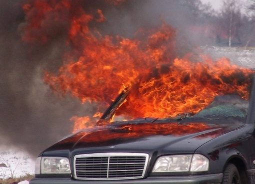Fahrzeugbrand mit Teilkasko-Deckung