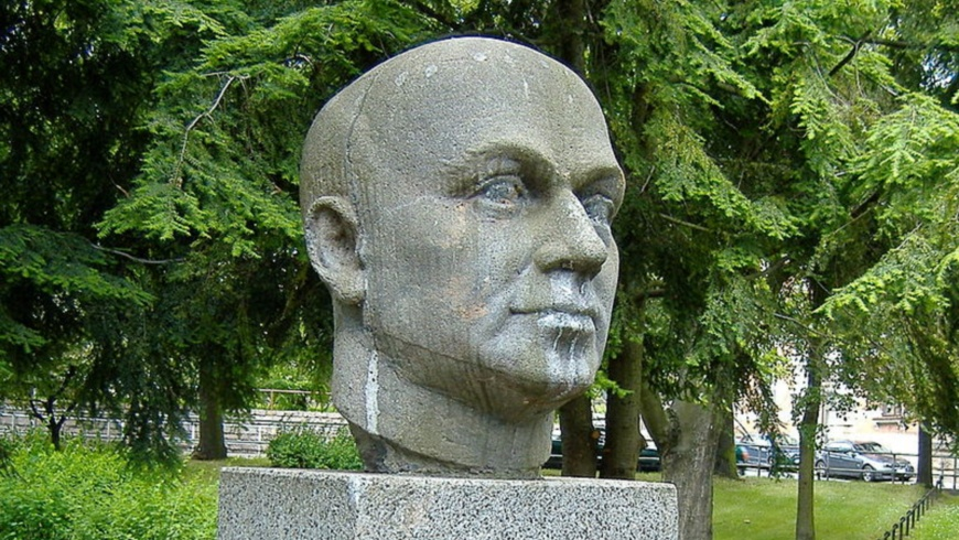 Ernst-Thälmann-Denkmal in Werdau