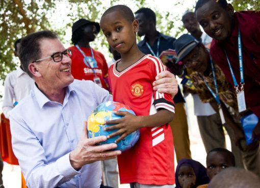 Minister Müller in Dddaab - Foto: © BMZ/Photothek.net