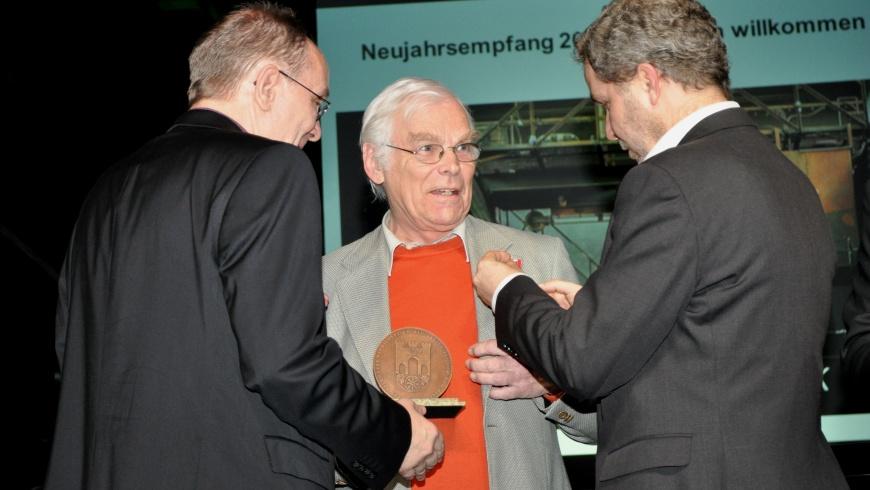 Verleihung der Bezirksmedaille