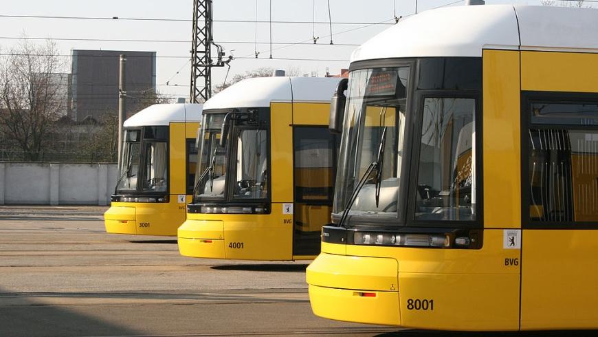Flexity Straßenbahnen im Depot