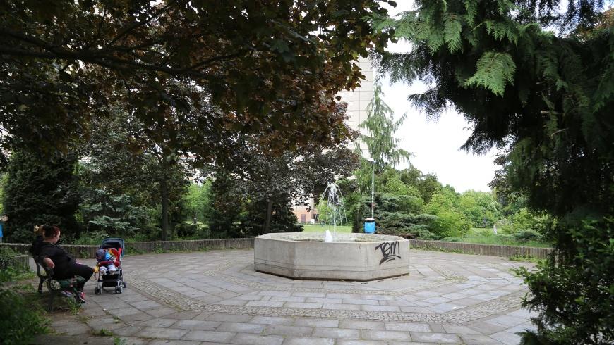 Springbrunnen-Idylle im Thälmannpark
