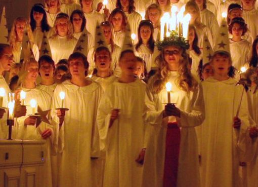 Luciafeier in einer schwedischen Kirche