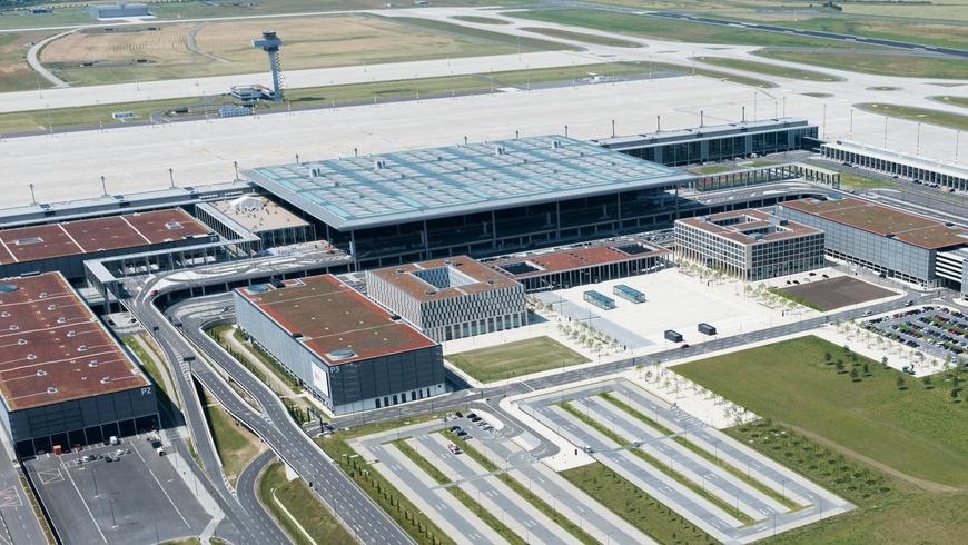 Terminal des Flughafen BER: Blick in die Airport City