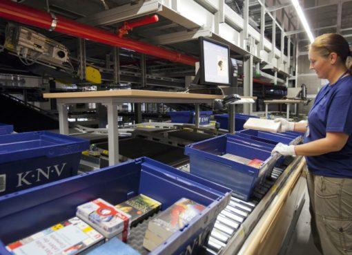 Packzentrum bei KNV