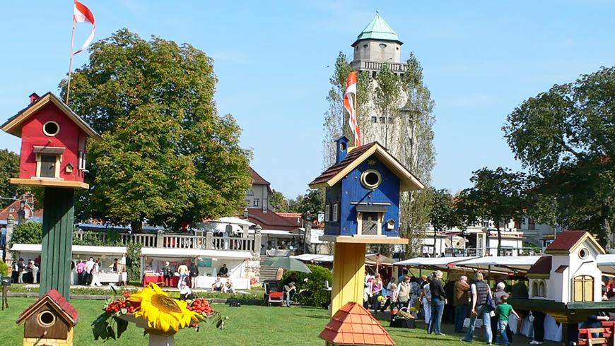 Kunsthandwerker und Staudenmarkt in Frohnau