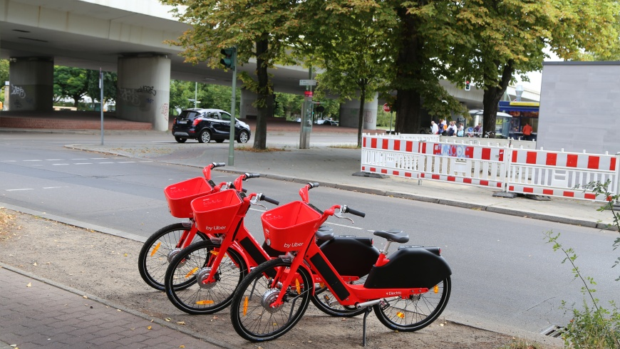 JUMP-Bikes am Breitenbachplatz