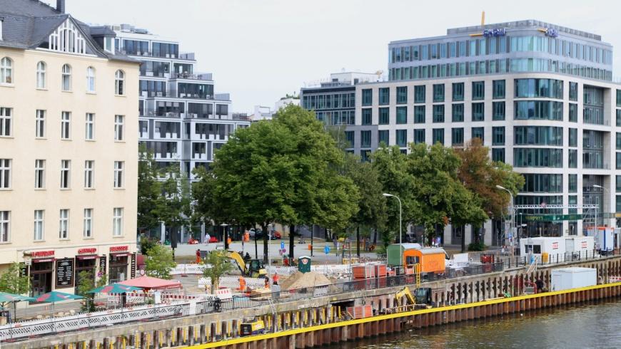 Baustelle Schiffbauerdammbrücke