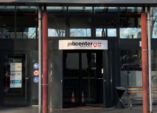 Eingang des Jobcenter Berlin Pankow