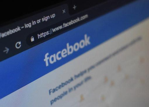 Facebook gerät weltweit unter Druck