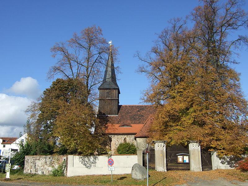 Blankenfelde-Dorfkirche800