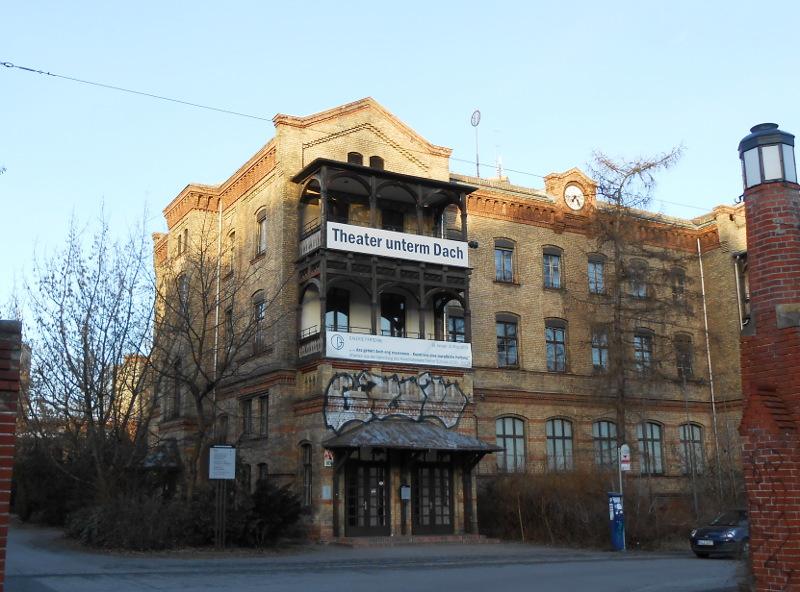 Theater unterm Dach