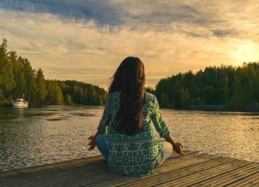 Entspannung: Yoga am See